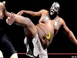 Former WWE Wrestler On Life Support