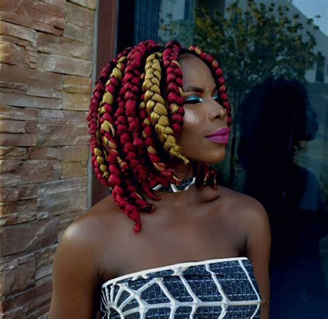 Maybe you need to solve it from the inside out! 30 Short Box Braids Hairstyles For Chic Protective Looks