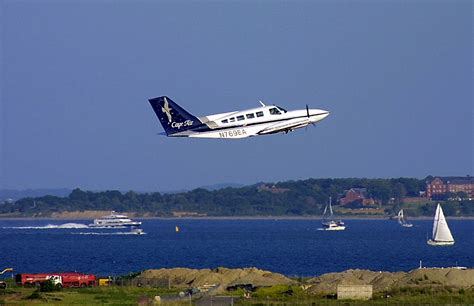 How Can You Fly Into The Cape Cod Airport? Chatham