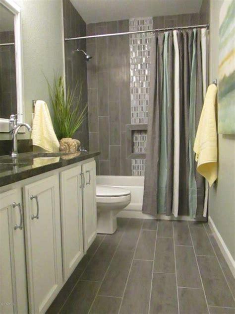contemporary full bathroom  square raised panel