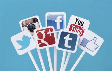 Social Media by 3 New Critical Social Media Constructs Miami