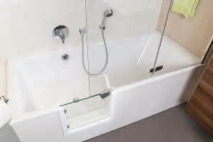 Duschkabine Silikon Innen Außen Oder Beides : badewannent ren f r die vorhandene badewanne badbarrierefrei schweiz ~ Eleganceandgraceweddings.com Haus und Dekorationen