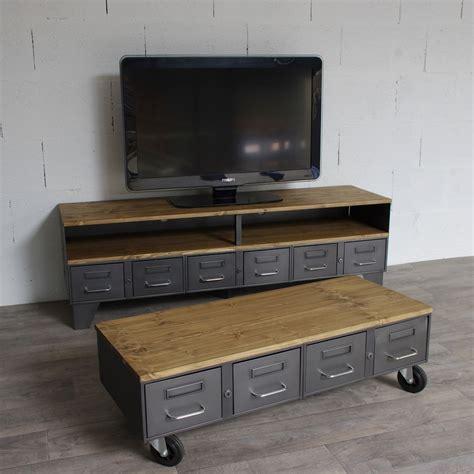 Table Basse Avec Tiroirs table basse industrielle avec 4 anciens tiroirs de l