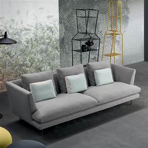 Sofa Hoher Rücken : sofa lars mit niedrigem r cken von bonaldo ~ Frokenaadalensverden.com Haus und Dekorationen