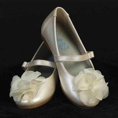 ivory shoes  flower girl wedding  bridal inspiration