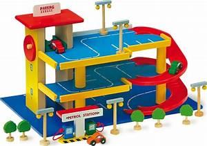 Garage Pour Voiture : garage en bois pour petites voitures chez les enfants ~ Voncanada.com Idées de Décoration