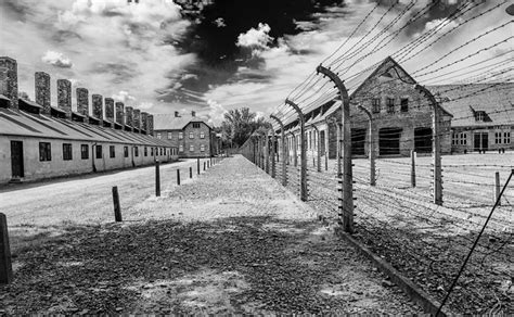 chambre a gaz usa holocaust concentration cs thinglink