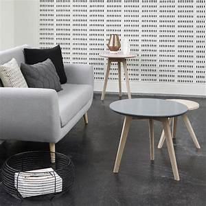 salon scandinave 38 idees inspirations diaporama With tapis de yoga avec pied en bois pour canapé