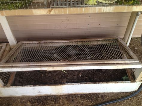 bin diy vermicompost worm wood bed worms build twig furniture rabbit own hutch texas jumpers photo4