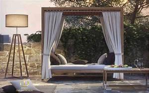 Lit Exterieur Jardin : lit d 39 ext rieur chaises longues decofinder ~ Teatrodelosmanantiales.com Idées de Décoration