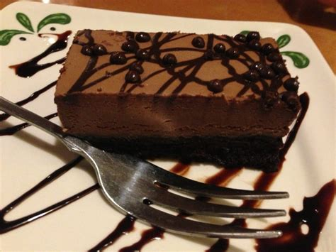 olive garden chocolate mousse cake chocolate mousse cake part of the 3 course dinner for