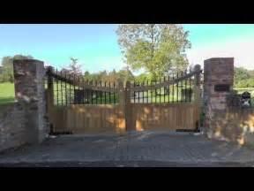 Driveway Gate Designs Entrance