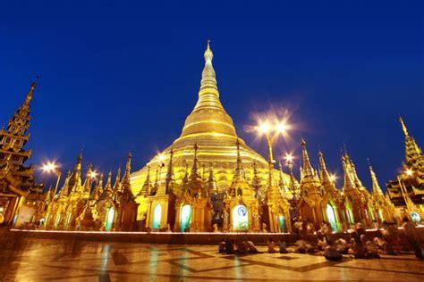 covered pagoda shwedagon pagoda myanmar a jewel covered pagoda