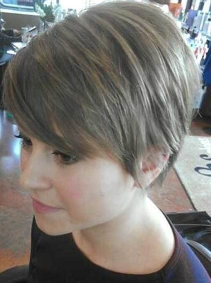 gorgeous   pixie cut   face