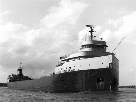 what year did the edmund fitzgerald sank edmund fitzgerald 40 years lake superior