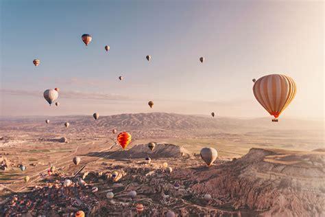 Flyg Luftballong I Kappadokien Turkiet Magiskt