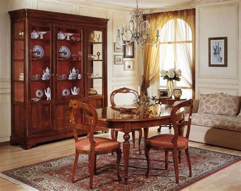sala da pranzo in francese sala da pranzo 800 francese tavolo e vetrina vimercati meda