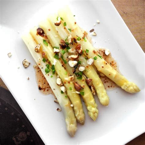 asperge cuisiner cuisiner asperges blanches ohhkitchen com