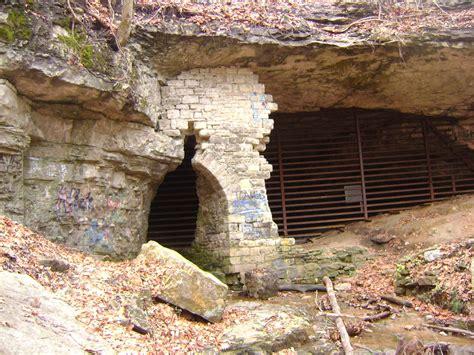 pocket ranger adventures   mini hiker cliff caves