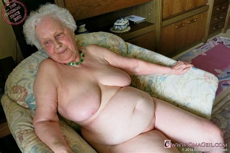 Omageil Grannyloverboard Very Old Oma Bobs And Vagene