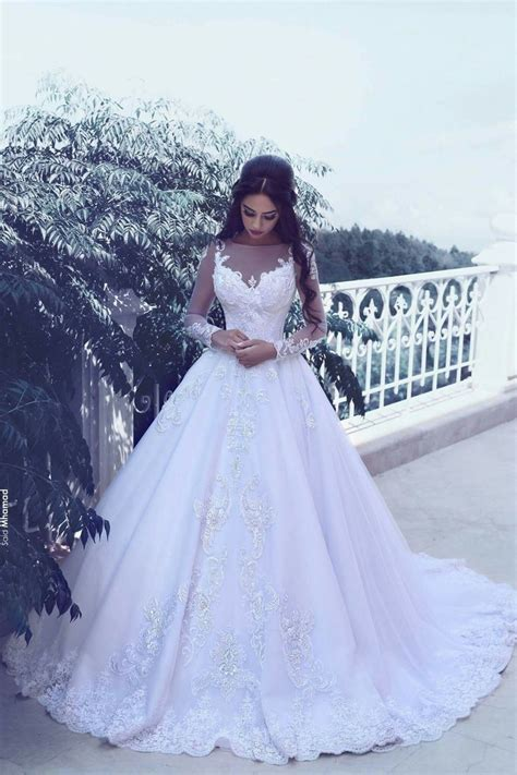 Elegant Tulle Appliques Long Sleeves Wedding Dresses 2018