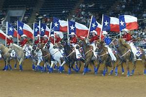 10 Small Town Texas Rodeos You Need To See