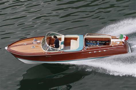 Lamborghini Tender Boat by Ferruccio Lamborghini S V 12 Powered Sport Boat Restored