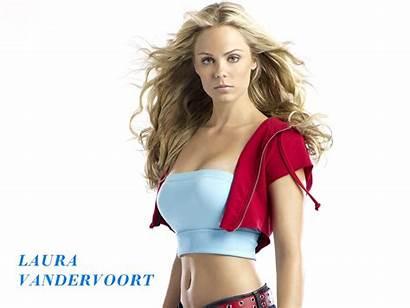 Vandervoort Laura Smallville Nude Supergirl Kara Kent