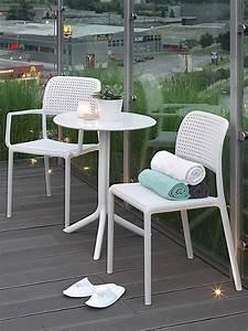 Weisser Tisch Und Stühle : bora bistrot harz stuhl aus mit glasfaser stapelbar auch f r garten sediarreda ~ Markanthonyermac.com Haus und Dekorationen