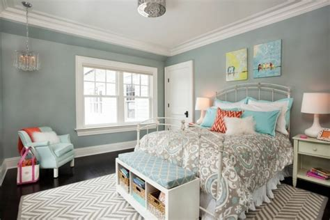 grey paint color for small bedroom ideas with zigzag