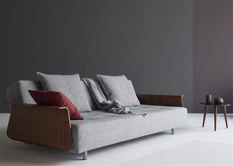 canapé danois canapé d 39 exception au design futuriste horn chez ksl