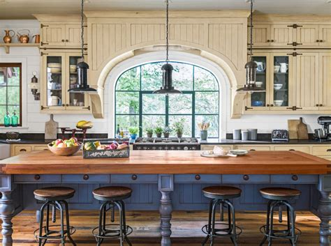Bar Stools Greenville S by Century Old Style Flourishes In This Stunning Lakeside