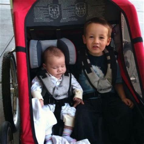siège maintien pour bébé pour remorque vélo thule