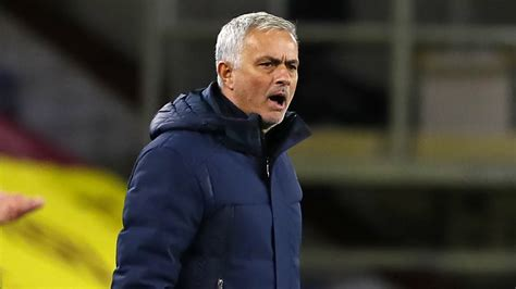 'I prefer to stay away' - Tottenham boss Mourinho thinks ...