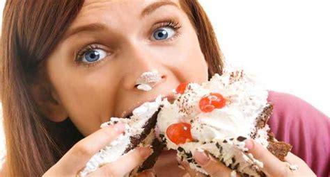 binge eating  lead   health risks