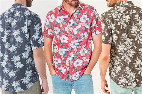 19 Best Hawaiian Shirt Brands For Men   Man of Many