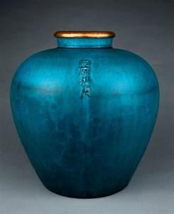 Vase Bleu Canard : 17 best images about ceramics on pinterest ceramics handmade ceramic and ceramic vase ~ Melissatoandfro.com Idées de Décoration