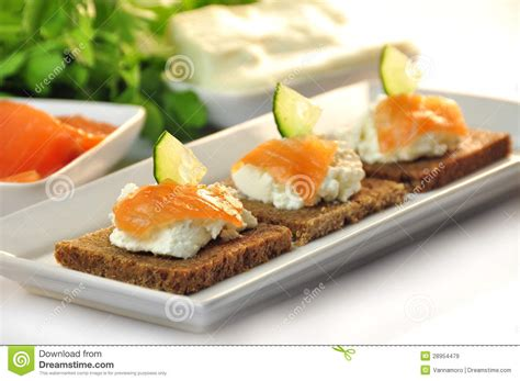 rye bread canapes canapes rye bread with ricotta cheese and smoked salmon royalty free stock images image 28954479