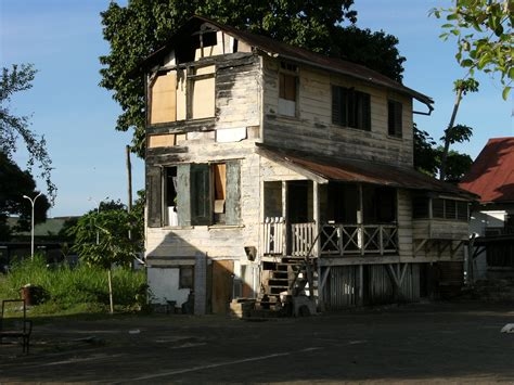 images of houses file dilapidated house in paramaribo 3 jpg wikimedia commons