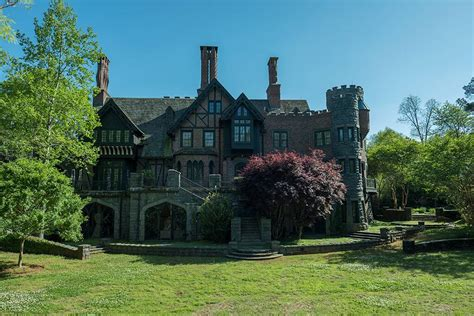 Incline House by The Haunting Of Hill House Season 2 It Could Happen But