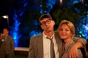 @eloise_mumford in a photo with her boyfriend. They look ...