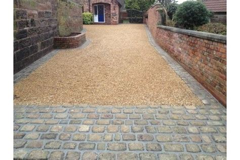 gravel pavement gravel driveway with stone apron and edge extension ideas pinterest beautiful driveway