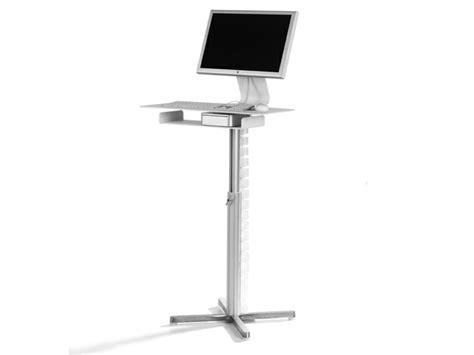 bureau sur roulettes pour ordinateur armoire informatique et bureau pour ordinateur modernes