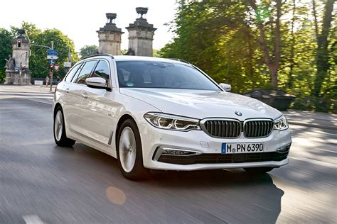 Review Bmw 5 Series Touring by New Bmw 5 Series Touring 2017 Review Auto Express
