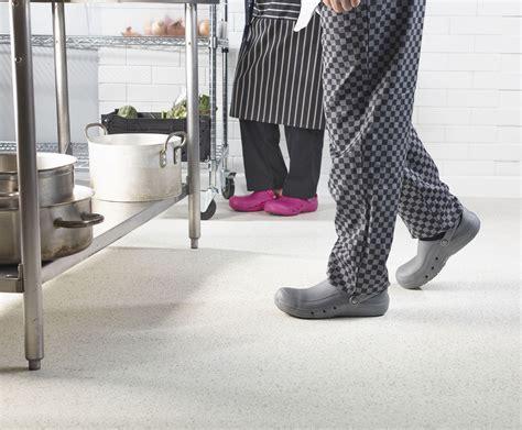 sabot de cuisine sabot de cuisine eziprotekta sécurité et style