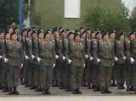 ascoli giuramento delle soldatesse della caserma clementi