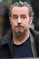 Matthew Perry steps out in London looking tired and ...