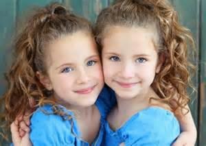 sprüche kleidung eineiige zwillinge 37 unglaubliche bilder archzine net
