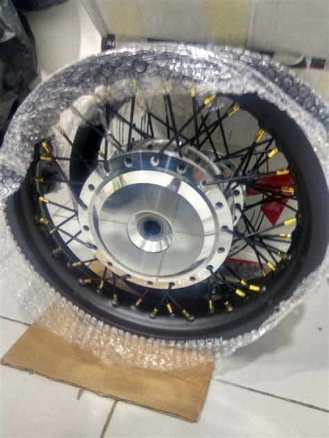 Tdr Ring 14 by Velg Sepaket Ring 14 Tapak Lebar Buat Beat Scoopy Beat Fi