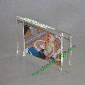 Cadre Photo Plexiglas : cadres plexiglass porte photo acrylique magnetique cadre photo ~ Teatrodelosmanantiales.com Idées de Décoration